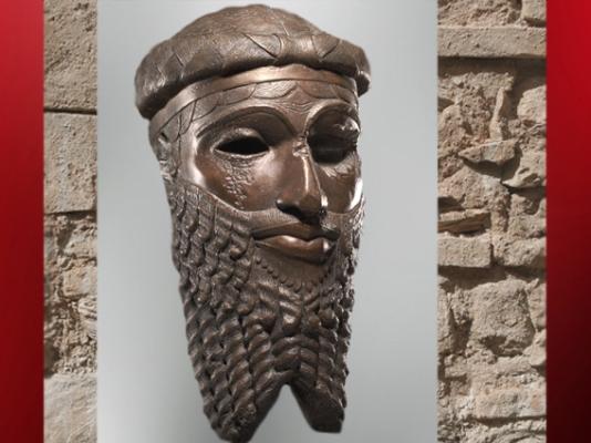 D'après un portrait royal, copie en bronze d'un original, possible Narâm-Sîn, vers 2340 avjc - 2200 avjc, dynastie d'Akkad,époque d'Agadé, Mésopotamie. (Marsailly/Blogostelle)