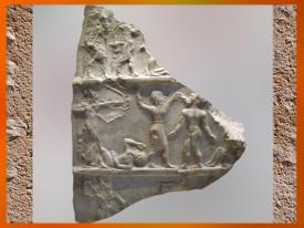 D'après une stèle de Victoire, vers 2300-2250 avjc, antique Girsu, actuel Tello, Irak. (Marsailly/Blogostelle)
