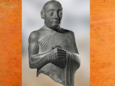 D'après Gudea représenté tête nue, diorite, vers 2130 avjc, diorite, époque néo-sumérienne, Mésopotamie. (Marsailly/Blogostelle)