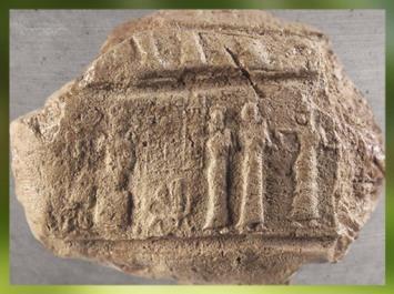 D'après le sceau de Gudea, prince de Lagash, empreinte sur bulle de terre crue, vers 2130-2100 avjc, époque néo-sumérienne, Girsu-Tello, Mésopotamie. (Marsailly/Blogostelle)