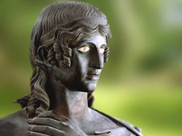 D'après le visage d'uneDanaïde, statue en bronze, Villa des Papyrus, Herculanum, Ier siècle apjc (avant 79, Vésuve ), Naples, Art Romain. (Marsailly/Blogostelle)