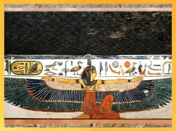 D'après la déesse Maât qui déploie ses ailes, tombe de Nefertari, épouse de Ramsès II (vers 1294 -1224 avjc), XIXe dynastie, Nouvel Empire, Vallée des Reines, Louxor, Égypte ancienne. (Marsailly/Blogostelle)