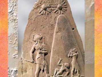 D'après la stèle de victoire de Naram-Sîn, roi d'Akkad, détail, symboles célestes, vers -2250 ans avjc, période Agadé, Mésopotamie. (Marsailly Blogostelle)