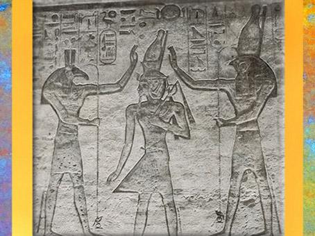 D'après Horus, Ramsès II et Seth, les dieux couronnent le roi, temple de Ramsès II (1279-1213 avjc), XIXe dynastie, Nouvel Empire. Abou Simbel, Égypte ancienne. (Marsailly/Blogostelle)