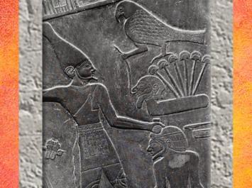 D'après le roi Narmer et le dieu faucon, palette à fard, schiste, vers 3400 – 3200 avjc, début époque Thinite, Hiérakonpolis, Égypte Ancienne. (Marsailly/Blogostelle)