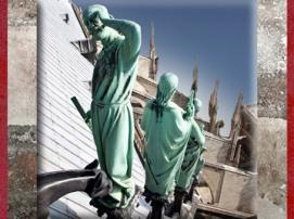 D'après Viollet-le-Duc sous les traits de Saint Thomas, patron des architectes, flèche, Notre Dame de Paris, restauration XIXe siècle. (Marsailly/Blogostelle)