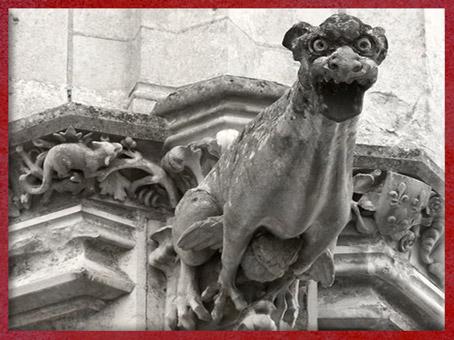 D'après une gargouille, Notre Dame de Paris, 1163 apjc-début XIVe siècle, art gothique. (Marsailly/Blogostelle)