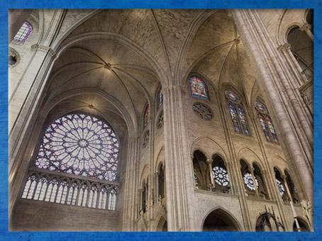 D'après Notre Dame de Paris, nef, 1163 apjc-début XIVe siècle, art gothique. (Marsailly/Blogostelle)