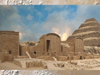 D'après l'ensemble funéraire du roi Djoser, avec esplanade de la fête-Sed, IIIe dynastie, vers 2980 – 2930 avjc,Ancien Empire,Saqqara, Égypte Ancienne. (Marsailly/Blogostelle)