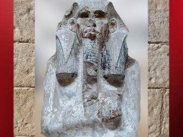 D'après Djoser et sa barbe postiche royale, statue calcaire, vers 2980 – 2930 avjc, IIIe dynastie, Ancien Empire, Saqqara, Égypte Ancienne. (Marsailly/Blogostelle)