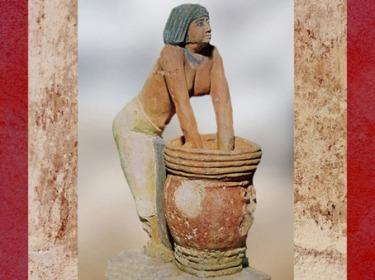 D'après une femme qui fabrique de la bière, Ancien empire, Égypte Ancienne. (Marsailly/Blogostelle)