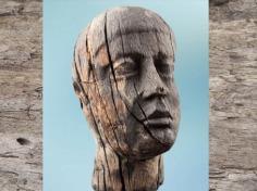 D'après ex-voto, tête en bois, Source de la Seine, vers Ier siècle avjc- Ier siècle apjc, Gaule romaine. (Marsailly/Blogostelle)