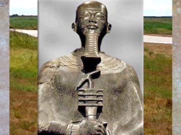 D'après le dieu Ptah et le sceptre Ouas-pilier Djed d'Osiris, bronze XVIIIe dynastie, règne Aménophis III, Thèbes, Nouvel Empire, Égypte Ancienne. (Marsailly/Blogostelle)