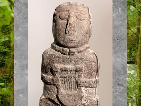 D'après statuette à la lyre, sans doute en tailleur, Ier siècle avjc, Côtes-d'Armor, France, Gaule celtique. (Marsailly/Blogostelle)