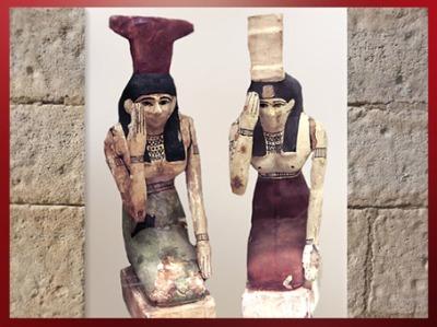 D'après les déesses Isis et Nephtys en pleureuses, terre cuite peinte, époque Ptolémaïque, Égypte Ancienne. (Marsailly/Blogostelle)