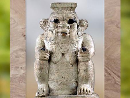 D'après le dieu Bès, vase, faïence, vers 663 - 332 avjc, Basse Époque, Égypte ancienne. (Marsailly/Blogostelle)