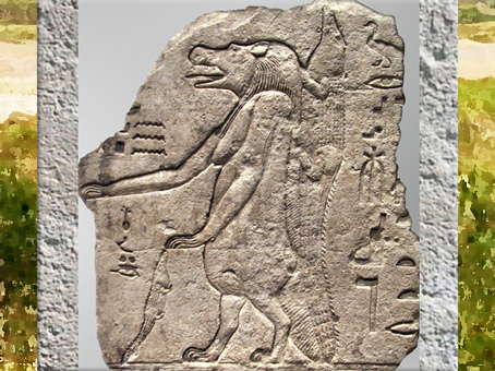 D'après la déesse Taouret-Thouéris et le dieu crocodile Sobek, fragment de stèle calcaire, époque Ptolémaïque, Égypte Ancienne. (Marsailly/Blogostelle)