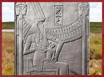 D'après la déesse Renenoutet allaitant Nepri, tombe du scribe royal Khâemhat, dit Mahou, chargé des greniers, règne d'Amenhotep III, XVIIIe dynastie, Nouvel Empire, Thèbes, Égypte Ancienne. (Marsailly/Blogostelle)