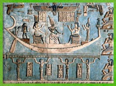 D'après la déesse Isis et Nephtys dans la barque d'Osiris, encadrée par les âmes des ancêtres royaux de Nekhen et de Pé, Dendéra, temple d'Hathor, époque Ptolémaïque,Égypte ancienne. (Marsailly/Blogostelle)
