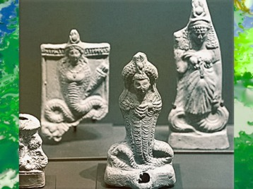 D'après la déesse serpent Isis-Thermouthis, fertilité et pouvoir de guérir, terres cuites, Ie-IIIe siècle apjc, époque gréco-romaine. (Marsailly/Blogostelle)