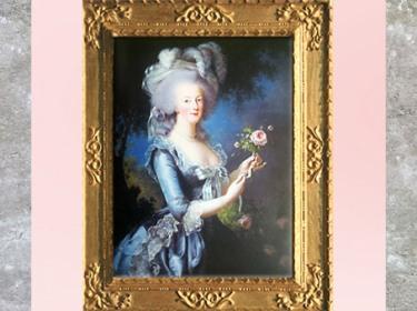 D'après un portrait de Marie-Antoinette, dit à la Rose, par Élisabeth Louise Vigée Le Brun, 1783, France, XVIIIe siècle. (Marsailly/Blogostelle)