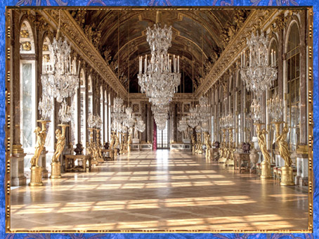 D'après la galerie des Glaces, château de Versailles, achevée en 1684, peintures et dorures, style Rocaille, France, fin XVIIe siècle. (Marsailly/Blogostelle)