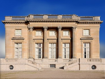 D'après le Petit Trianon, château de Versailles, architecte Ange-Jacques Gabriel, 1768, Louis XV pour Madame de Pompadour, France, XVIIIe siècle. (Marsailly/Blogostelle)
