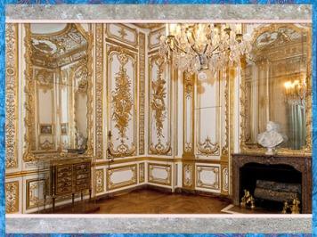 D'après le cabinet garde-robe de Louis XVI, château de Versailles, France, XVIIIe siècle, style Rocaille. (Marsailly/Blogostelle)