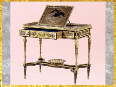 D'après une table à écrire de Marie Antoinette, château de Saint-Cloud, d'Adam Weisweiler, 1784, Paris, chêne, ébène, laque, nacre, bronze doré, France, XVIIIe siècle, Néoclassique. (Marsailly/Blogostelle)