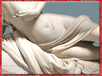 D'après Psyché ranimée par le baiser d'Éros, détail drapé, d'Antonio Canova, 1793, marbre, XVIIIe siècle, Néoclassique. (Marsailly/Blogostelle)