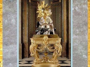 D'après La Pendule de la création du monde, de François-Thomas Germain, 1754, bois, bronze argenté et doré, époque Louis XV, Versailles, XVIIIe siècle. (Marsailly/Blogostelle)