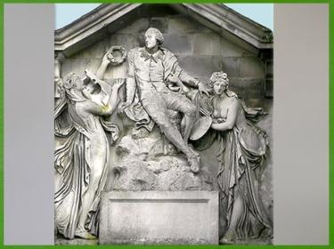 D'après Shakespeare et les allégories de la Poésie et de la Peinture, de Thomas Banks, 1789, sculpture, Stratford-upon-Avon, Angleterre, fin XVIIIe siècle. (Marsailly/Blogostelle)