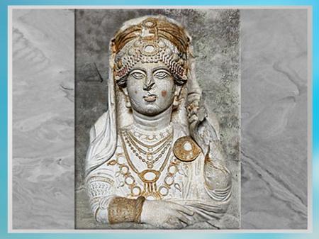 D'après la Dame dite Beauté de Palmyre, haut relief, fin IIe-début IIIe siècle, antique Palmyre, Syrie. (Marsailly/Blogostelle)