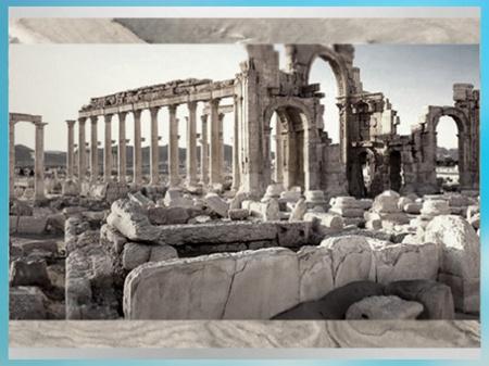 D'après la colonnade, vestiges de la cité de Palmyre, Ier-IIIe siècle, Syrie. (Marsailly/Blogostelle)