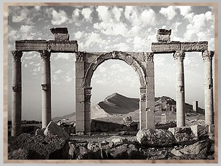 D'après un portique, cité antique de Palmyre, Ier-IIIe siècle, Syrie. (Marsailly/Blogostelle)