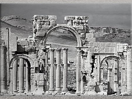 D'après les vestiges antiques de la cité de Palmyre, portique, Ier-IIIe siècle, Syrie (Marsailly/Blogostelle)