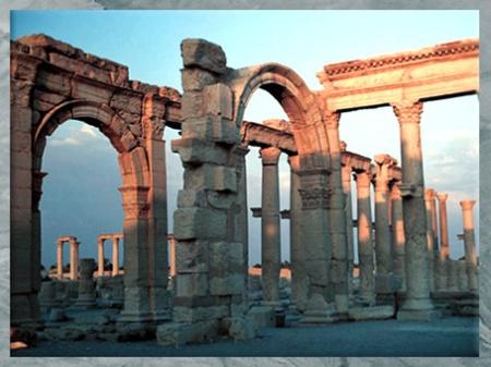 D'après les vestiges antiques de la cité de Palmyre, portiques, Ier-IIIe siècle, Syrie (Marsailly/Blogostelle)