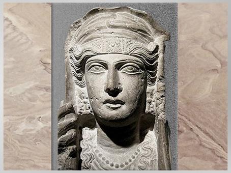 D'après le portrait idéalisé d'une Palmyrénienne, buste funéraire, calcaire, IIe siècle, antique Palmyre, Syrie. (Marsailly/Blogostelle)