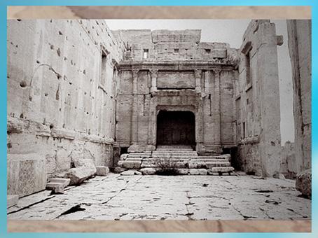 D'après le sanctuaire de Bêl-Baal, cité antique de Palmyre, Ier-IIIe siècle, Syrie. (Marsailly/Blogostelle)