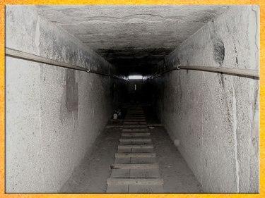 D'après la pyramide de Khéops, couloir, vers 2930-2750 avjc, IVe dynastie, Ancien Empire, Saqqara, plateau de Gizeh, Égypte Ancienne. (Marsailly/Blogostelle)