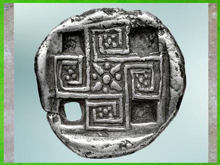 D'après le labyrinthe-svastika, statère de Cnossos, argent, IVe siècle avjc, Crète, Grèce antique. (Marsailly/Blogostelle)