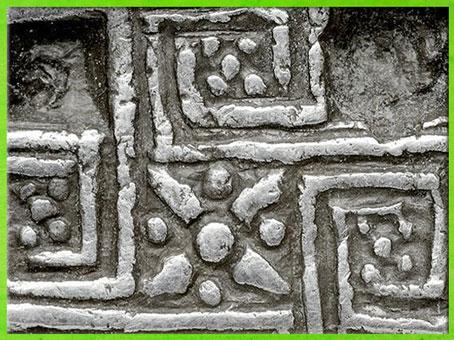 D'après le labyrinthe-svastika, statère de Cnossos, détail, argent, IVe siècle avjc, Crète, Grèce antique. (Marsailly/Blogostelle)