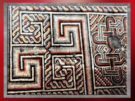 D'après des liens-chaînes et svastikas, mosaïque byzantine, Ve siècle, basilique de la Nativité, Bethlehem. (Marsailly/Blogostelle)