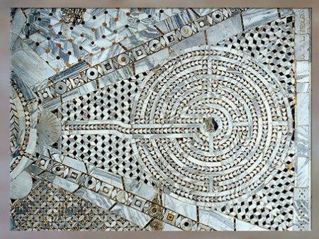 D'après un labyrinthe, église de San Vitale, marqueterie de marbre, 1538 - 1545, Ravenne, XVIe siècle. (Marsailly/Blogostelle)