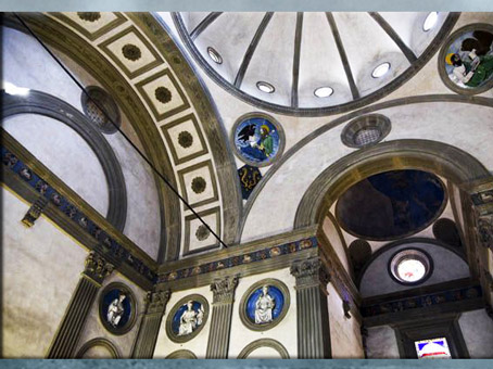 D'après la chapelle Pazzi, de Filippo Brunelleschi, vers 1430, Santa Croce, Florence, XVe siècle, Quattrocento, Renaissance italienne. (Marsailly/Blogostelle)
