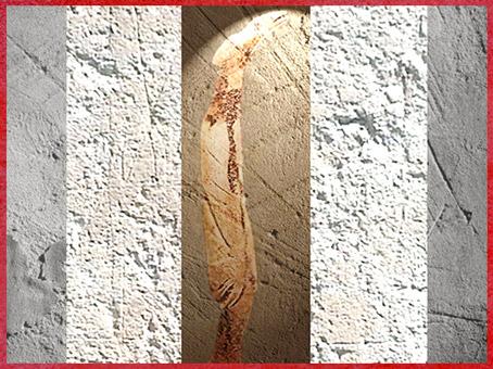 D'après un sceptre-bâton, bois de renne, à motifs de poisson et d'oiseau, grotte de La Vache, Magdalénien, Ariège, France, paléolithique supérieur. (Marsailly/Blogostelle)