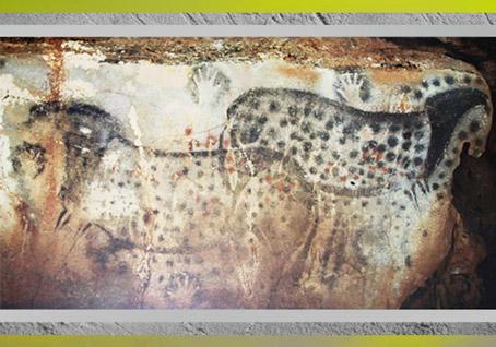 D'après des chevaux et des mains, peintures, grotte de Pech-Merle, Lot, vers 25 000 avjc, gravettien, France, paléolithique supérieur. (Marsailly/Blogostelle)