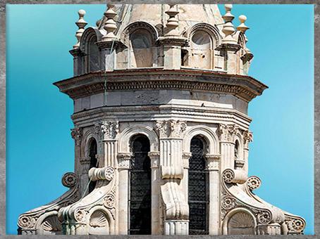 D'après le lanternon du dôme, réalisé par Michelozzo, Santa Maria del Fiore, Florence, XVe siècle, Quattrocento, Renaissance italienne. (Marsailly/Blogostelle)