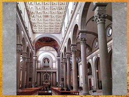 D'après l'église San Lorenzo, reconstruction de Filippo Brunelleschi, nef et bas-côtés, 1419, Florence, XVe siècle, Quattrocento, Renaissance italienne. (Marsailly/Blogostelle)