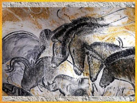 D'après des chevaux, peinture rupestre, grotte Chauvet, vers 36 000 avjc, Pont d'Arc, Ardèche, aurignacien, paléolithique supérieur. (Marsailly/Blogostelle)